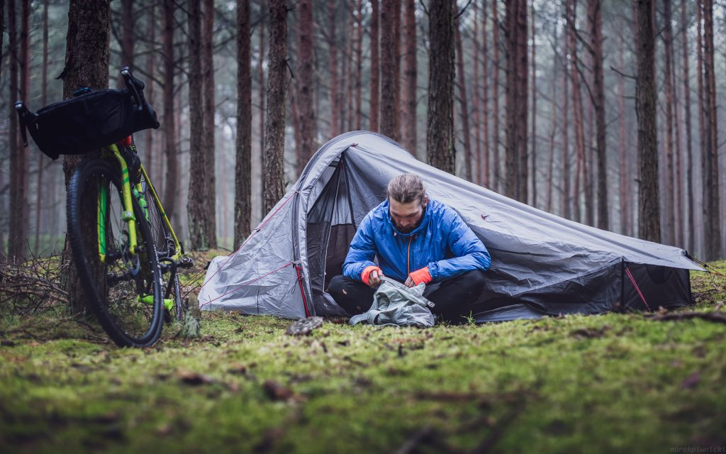 How to Choose the Right Tents and Heaters